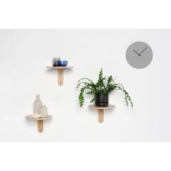 Turn Shelf rhythmic hanging