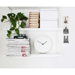 Kiekko wall clock white Muoto2 styled